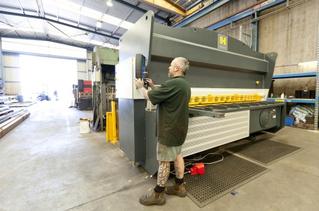 HACO Guillotine ( 16mm x 3000mm )